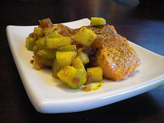 Baked Salmon with Apple-Date Chutney
